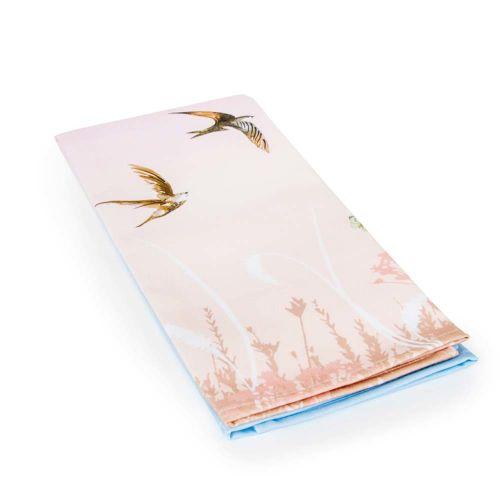 Theedoek met zwaluwen roze/blauw (2 stuks) - Roy Kirkham